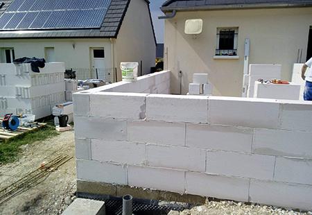 Montage de mur à Amiens